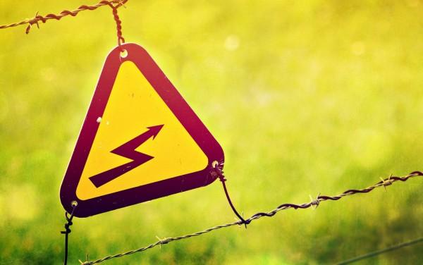 Acidentes com a rede elétrica mataram 317 pessoas em 2013