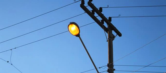 Importante: Reparos na iluminação pública em Holambra