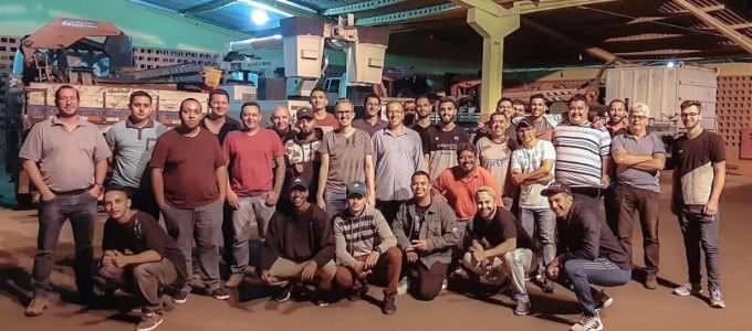 Alunos da ETEC visitam a Cemirim